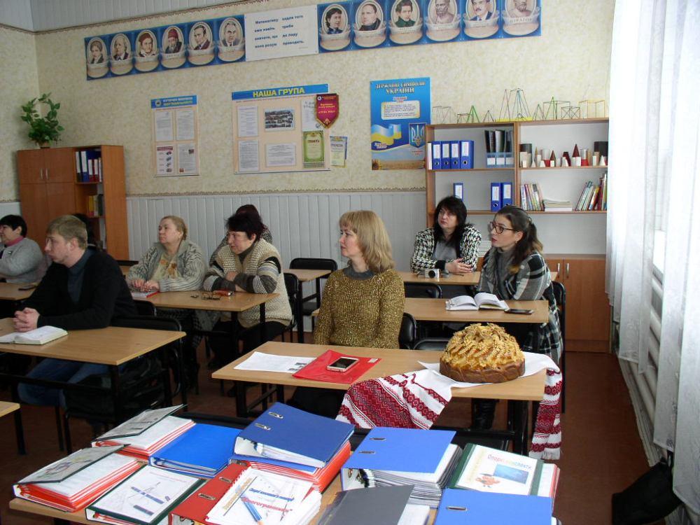 Відбулась школа передового педагогічного досвіду для викладачів-початківців з математики та фізики